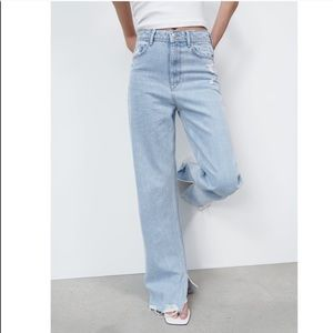 NWT Zara Full Length Distressed Slit Jeans